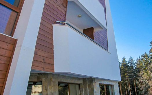 -1 Bed on Pine Trees Residence