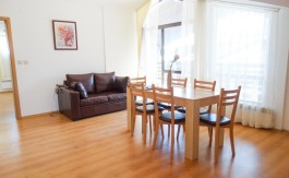 -Furnished 2 bed on Aspen Golf