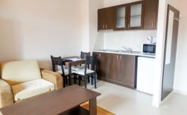 -Fully furnished studio on Panorama