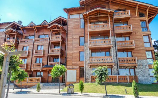 -2 bed Penthouse on Pirin Golf