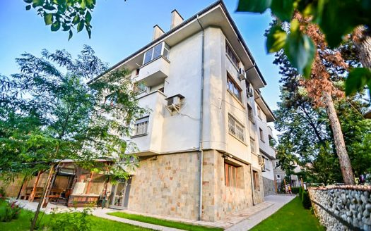 -2 bed penthouse in Velingrad