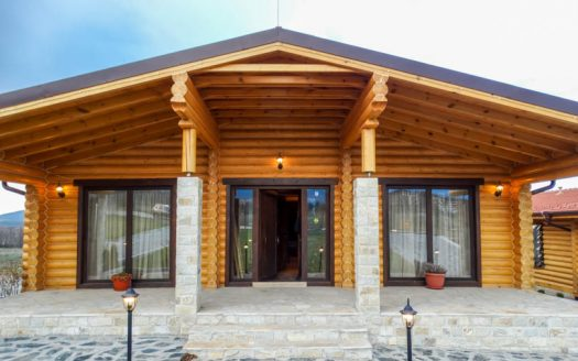 -Furnished luxury Loghouses near Bansko