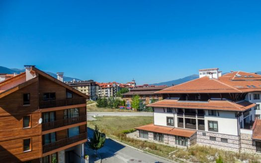 -Penthouse 2 bed 2 bath on Prespa