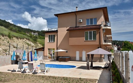 -45 bed guesthouse for sale in Velingrad