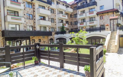 -Furnished 1 bed on Dream