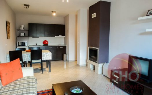 -Furnished 1 bed on Green Life -Home