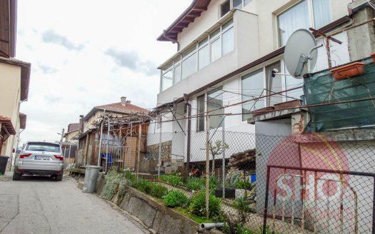 -Furnished 2 bed house in Razlog